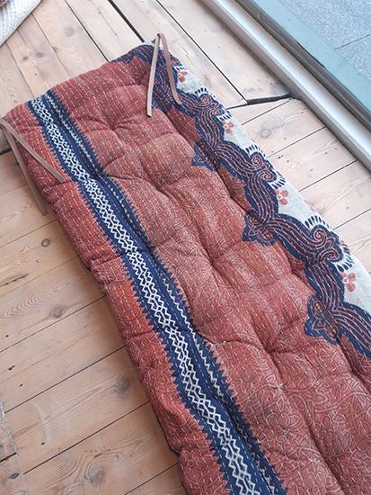 Q65857 sari mattress